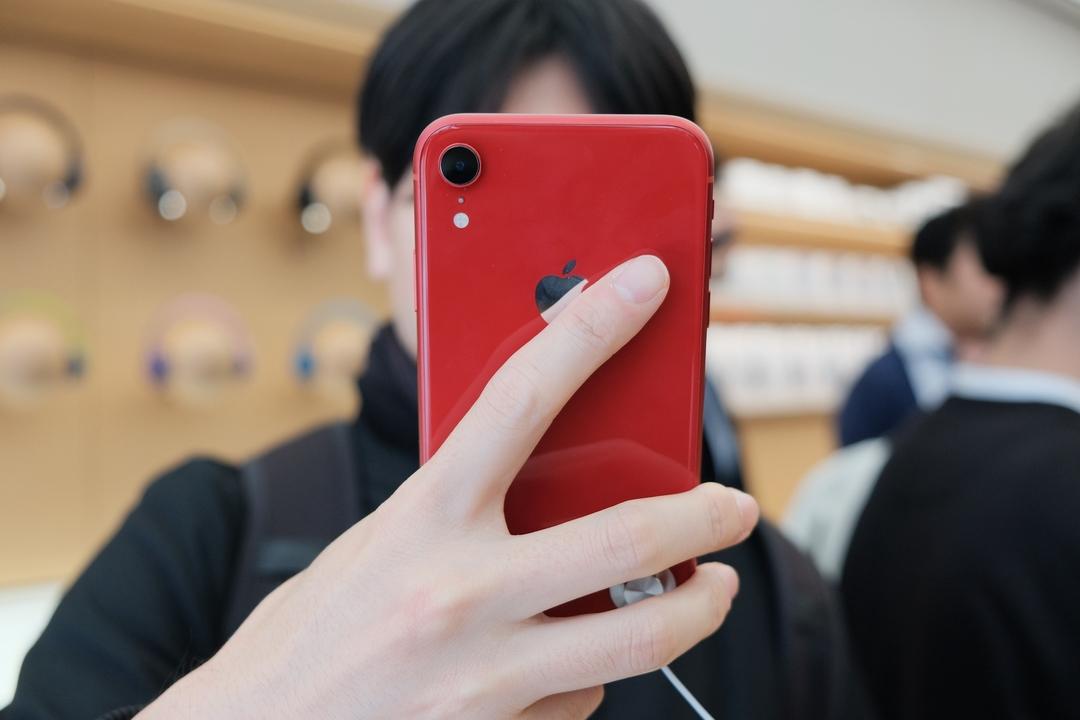 iphone xr 色 人気 女性