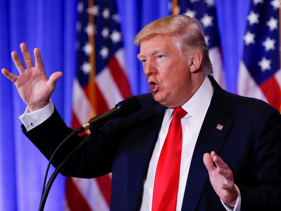 trump-battles-cnn-reporter-in-heated-exchange-at-press-conference-you-are-fake-news
