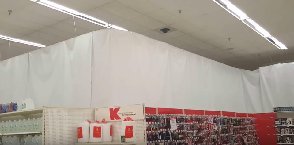 Kマートの空いた棚