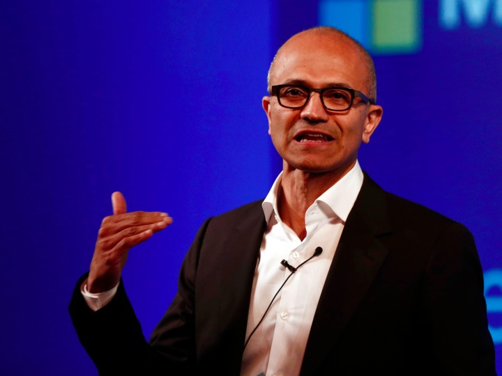about-700-microsoft-employees-will-be-laid-off-next-week-sources-say