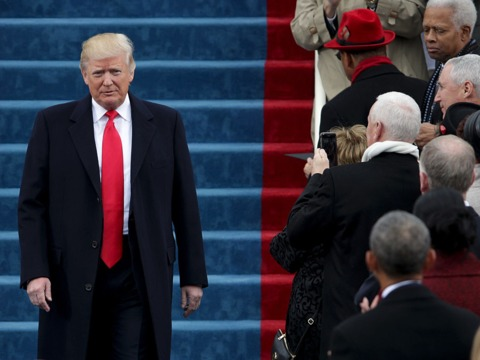 トランプ大統領、ISの打倒は外交の最優先事項