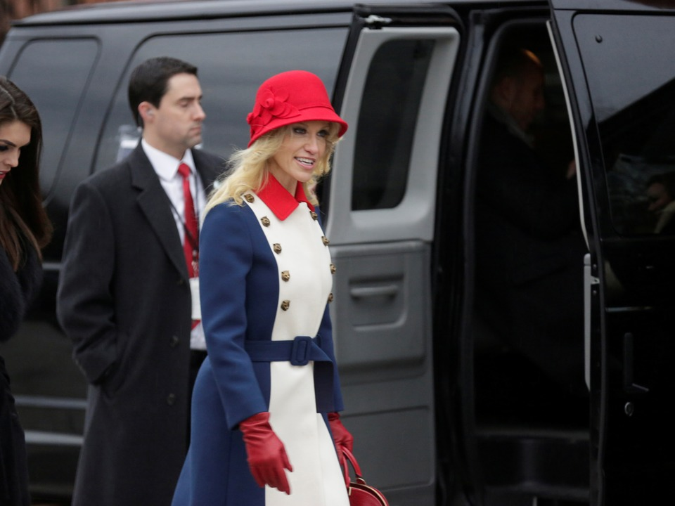 trump-whisperer-kellyanne-conway-wore-a-wild-revolutionary-dress-to-the-inauguration