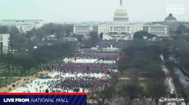 大統領就任式よりも抗議デモが盛況だった? 写真で見た「明らかな差」