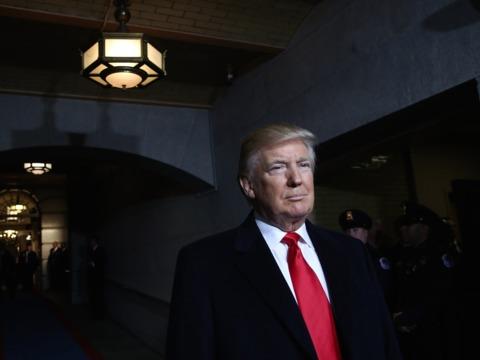 トランプ大統領の経済政策はほぼ実現不可能か