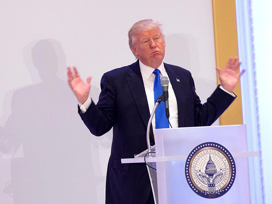 トランプ大統領「毎日4時間寝れば大丈夫」