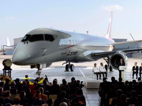 国産ジェット機「MRJ」のデビューはまた先延ばしに