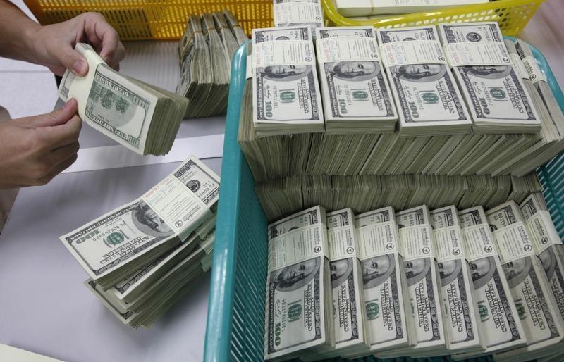 米ドルの束