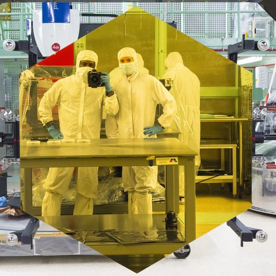 james-webb-space-telescope-mirror-reflection-nasa