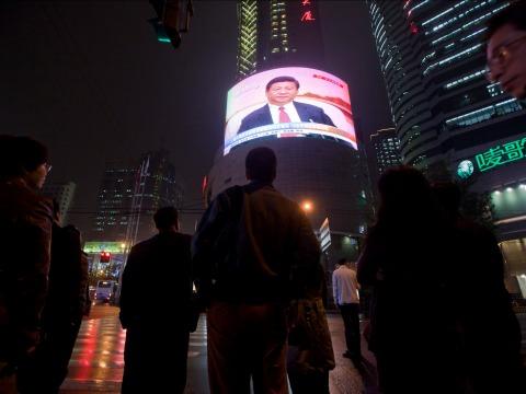 中国メディア、ロシア流の「メディア戦争」へ