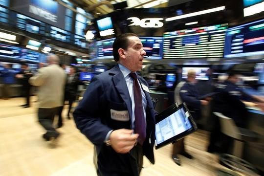 トランプ政権に翻弄されるアメリカ市場 —— S&Pとダウが年初来最大の下落