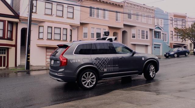 Uberが「飛ぶクルマ」の開発に向けてNASAの研究員を採用