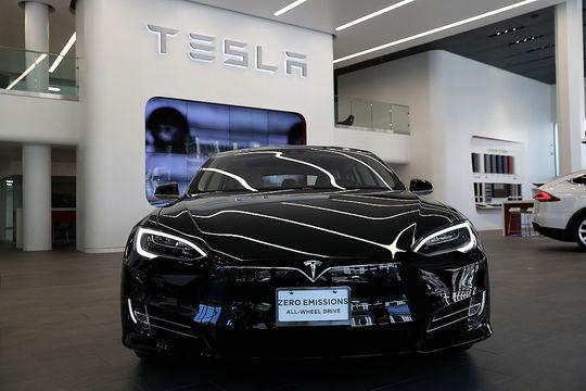 社名から「自動車」をなくしたテスラ、しかし実態はまだ自動車メーカー