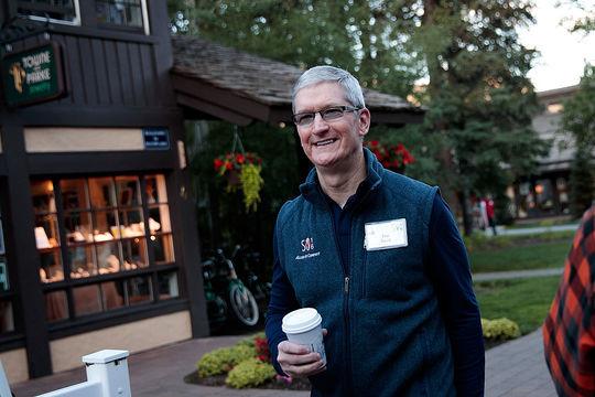 「拡張現実(AR)はスマートフォンに匹敵するアイデア」、ティム・クック