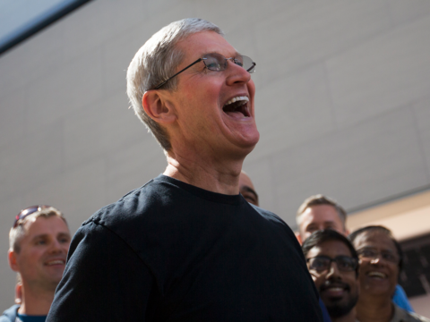 Appleの株価が最高値を更新