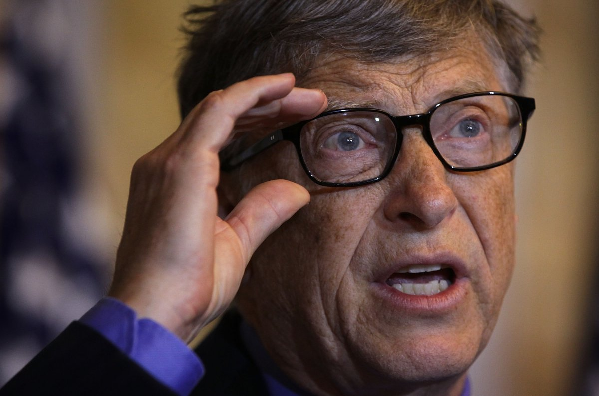 bill-gates-once-locked-himself-in-a-bathroom-during-an-interview-and-refused-to-come-out-until-the-reporter-apologized-for-needling-him