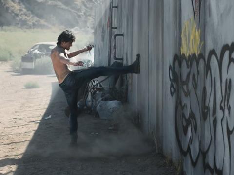 Dieselの新しい広告キャンペーン'Make Love not Walls'