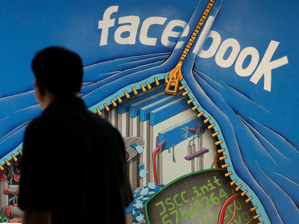 facebook-is-taking-on-linkedin-by-letting-businesses-post-job-listings