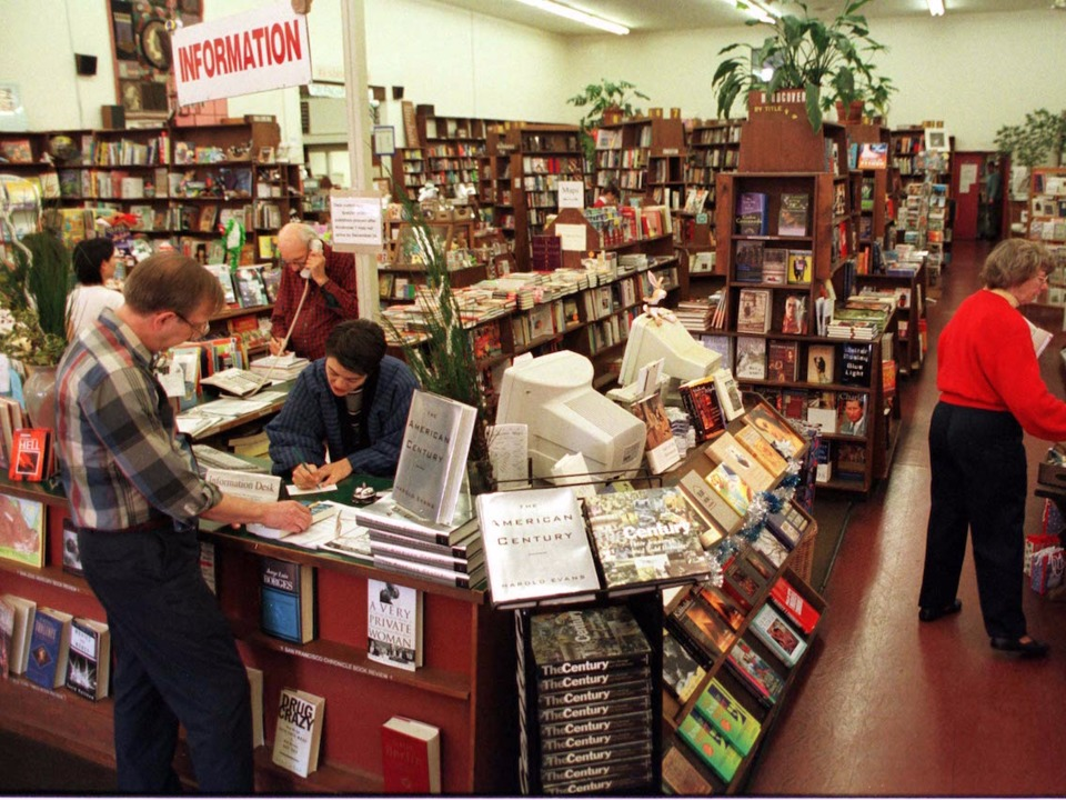 independent-bookstores-are-becoming-centers-of-political-resistance