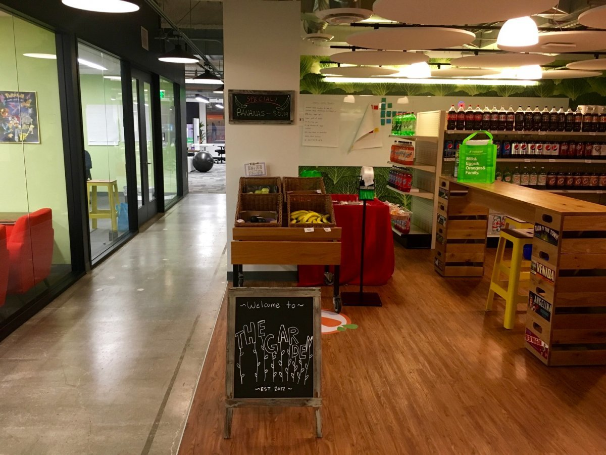 beyond-just-experimenting-with-the-shopping-experience-instacart-employees-have-found-other-uses-for-the-garden-in-the-middle-of-its-offices