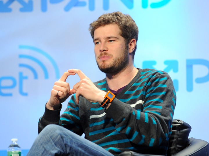 fitbit-discloses-that-it-bought-smartwatch-startup-pebble-for-23-million