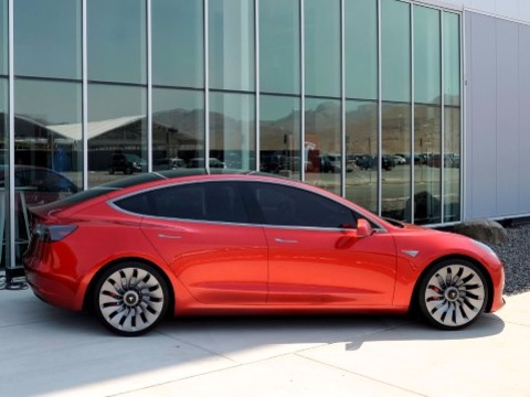 teslas-cfo-is-leaving-the-company