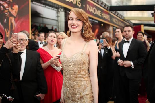 「2017年アカデミー賞」レッドカーペット、注目のファッション一覧