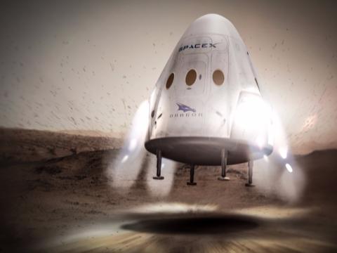 SpaceX、2018年後半に民間人による「月の周回飛行」を計画