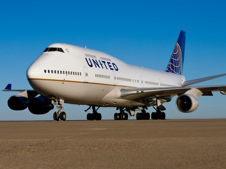 united-airlines-ceo-explains-why-the-boeing-747-jumbo-jet-will-soon-go-away
