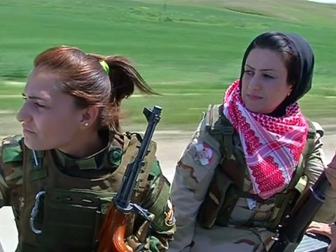 「イスラム国」と戦う、クルド人自治区の治安部隊「ペシュメルガ」の女性兵士たち