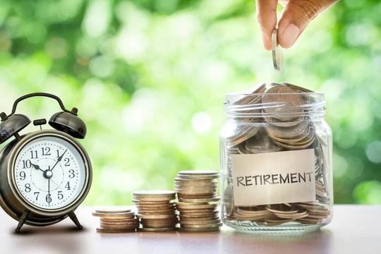 仕事に縛られなければ生活費は安く済む。1億円を貯めて31歳でリタイアした女性からの助言