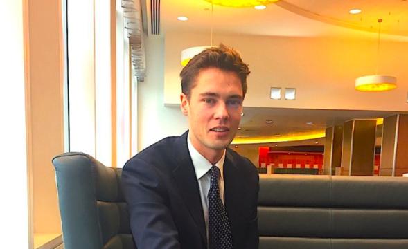 金融危機から9年 —— クレディ・スイスの20代銀行員の1日を追った