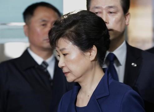 朴前大統領の逮捕状を裁判所が承認、拘置所に収監
