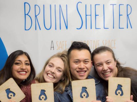 アメリカで増える学生ホームレス、経験者がシェルター創設