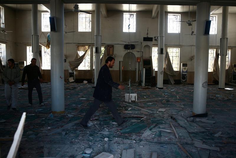 米国、シリアへの空爆を開始