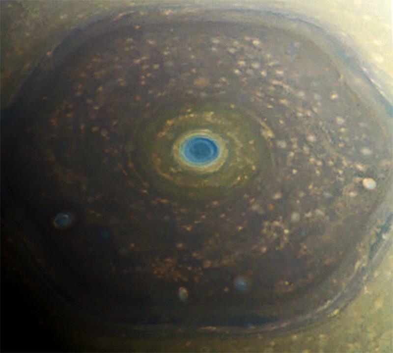 土星の北極点のジェット気流