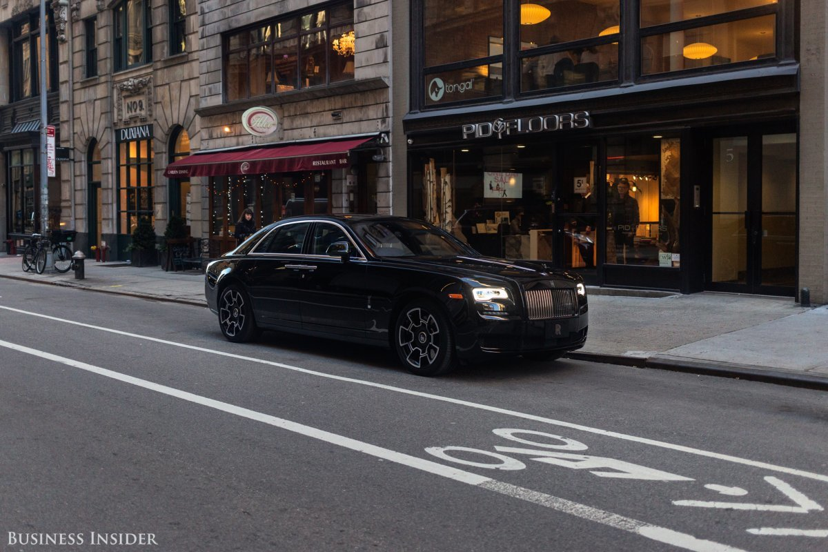 rolls-royce-ghost-black-badge-2