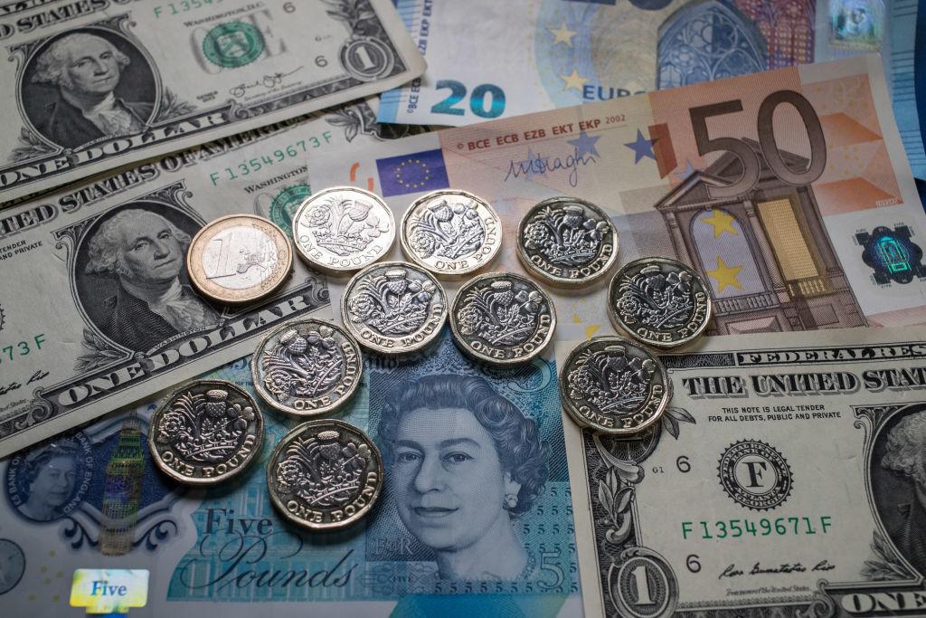 各国の紙幣と硬貨