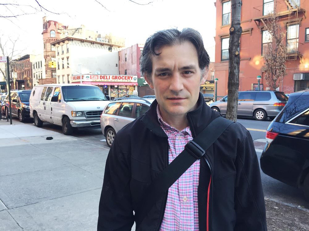 ニューヨーク在住の男性