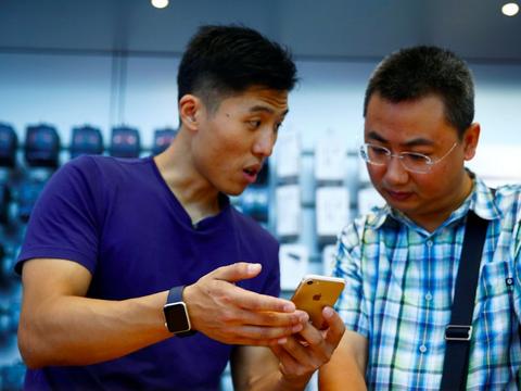 アップル、中国市場ではグーグルへの優位揺らがず ―― アナリストリポート