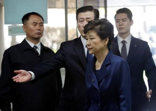 韓国検察が朴前大統領とロッテ会長を起訴 —— ロッテグループから70億ウォンを受け取った疑い