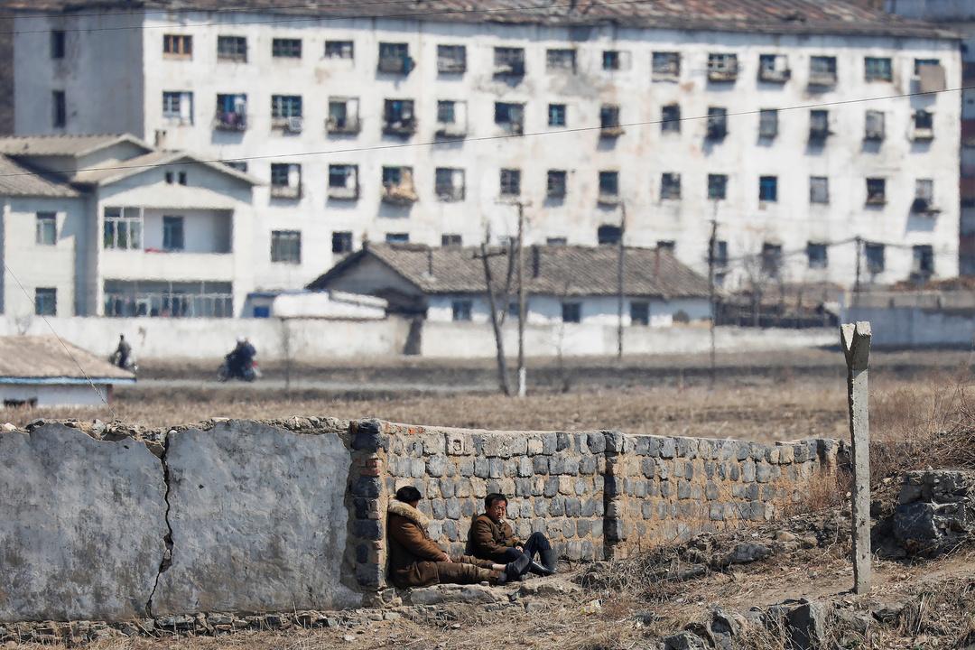 北朝鮮側の鴨緑江沿い。