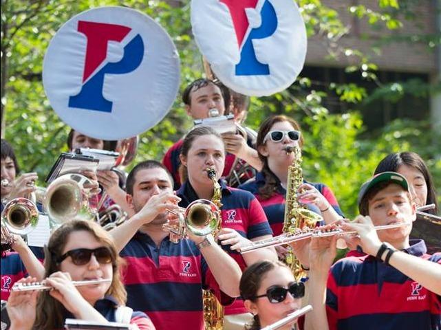 ペンシルベニア大学の吹奏楽部の学生たち