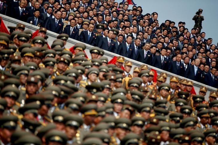 式典に出席した数多くの北朝鮮高官