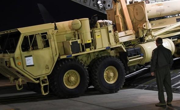 米軍が新型ミサイル迎撃システムを韓国南部に搬入