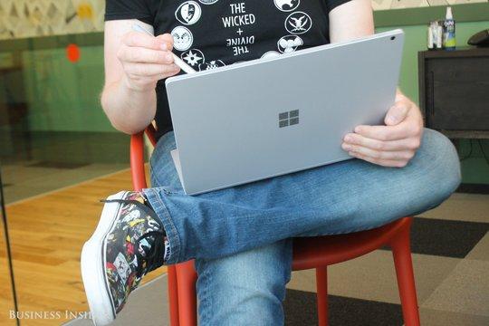Surfaceの売り上げは減少、だがマイクロソフトには良いニュース
