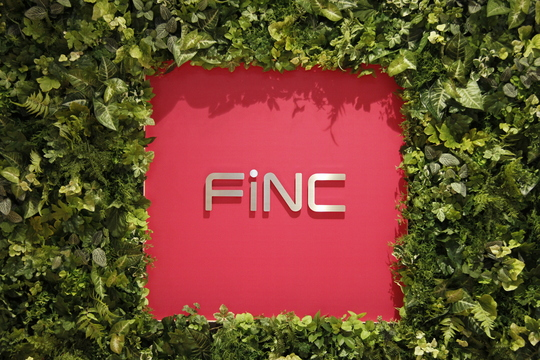 FiNCの看板