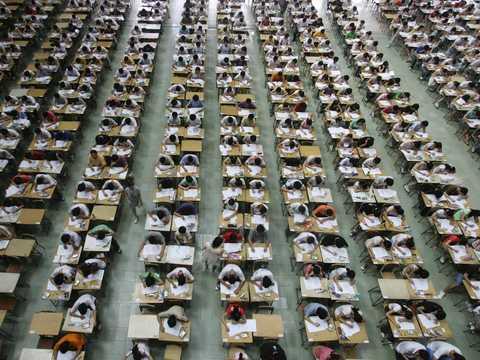 カンニング 中国 進化する中国のカンニング方法と監視体制、学生からは「試験難しすぎ」と逆ギレの声も
