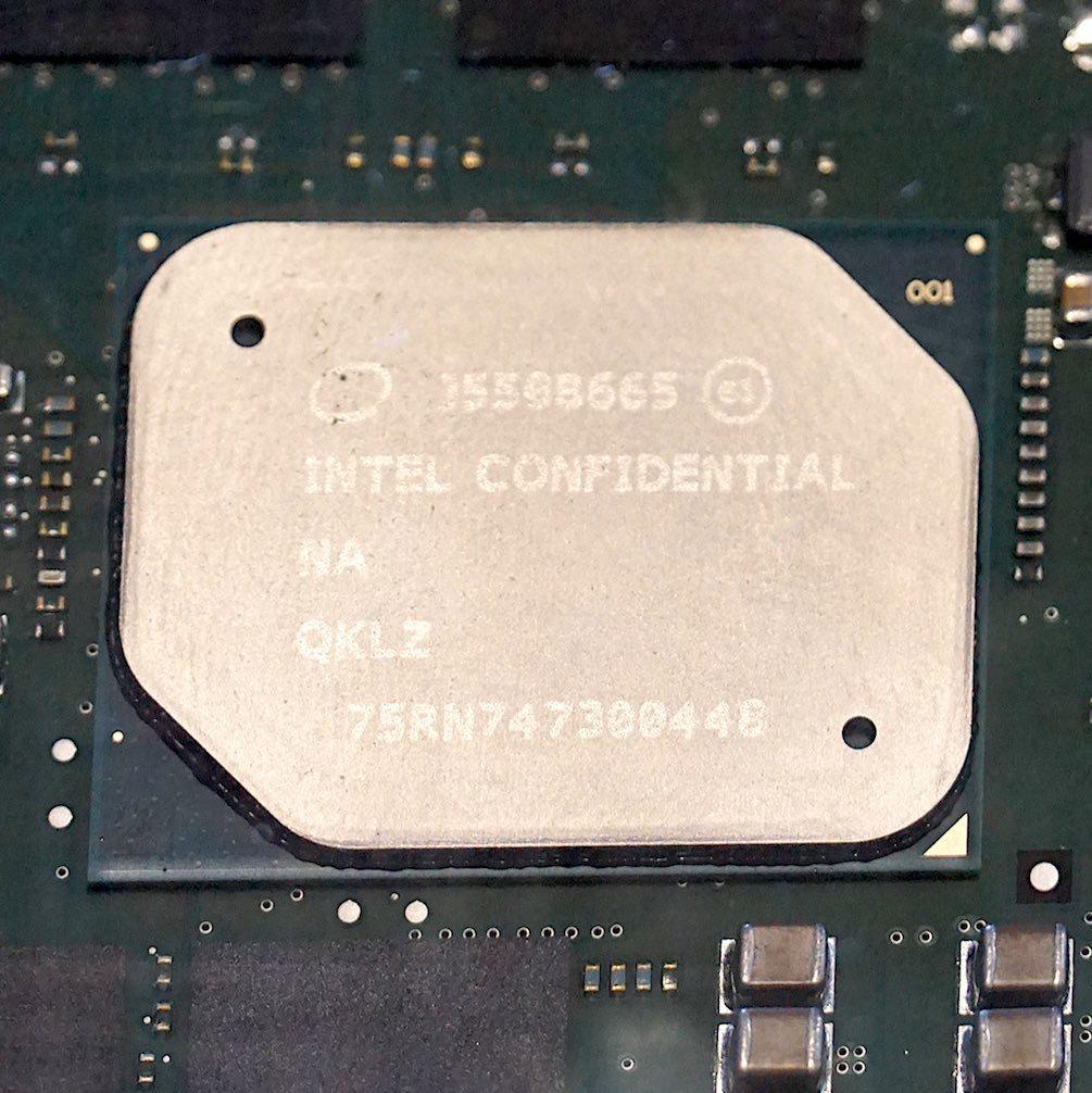 Intelの車載向けAtomプロセッサの開発版