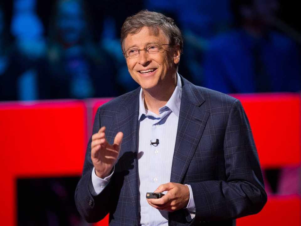 TEDでスピーチするビル・ゲイツ