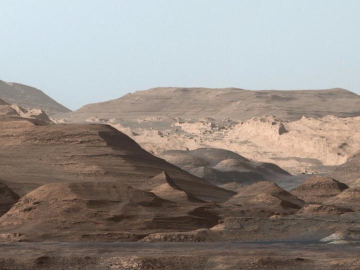 火星のアイオリス山、通称シャープ山